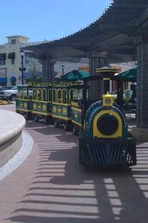 Mall Train Pergula.jpg